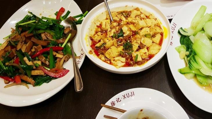 Chinesisches Restaurant alle 3