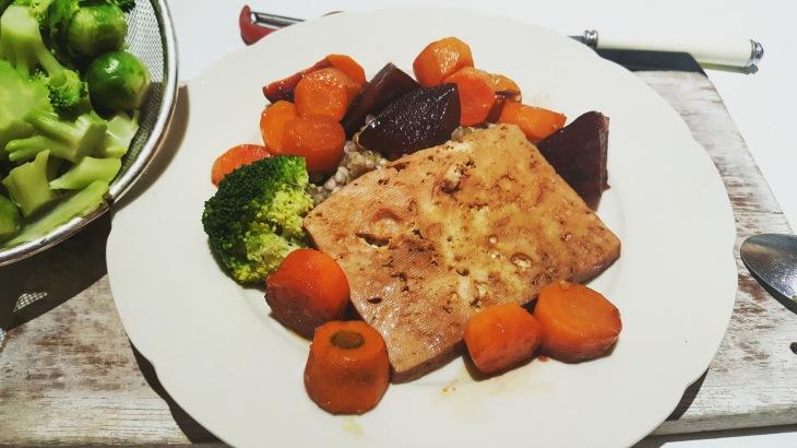 Tofu with caramalizd roots
