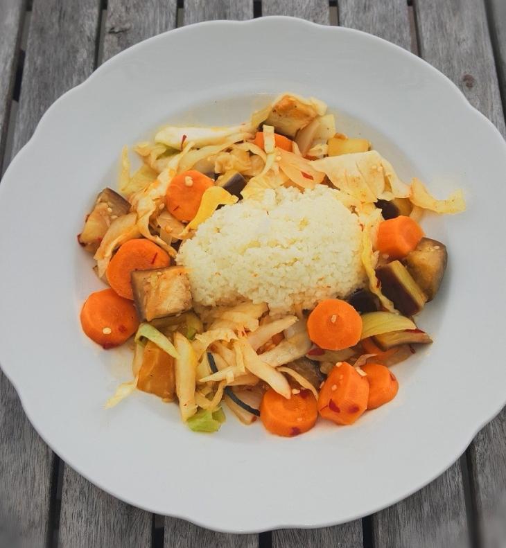 Auberginen Karotten Kraut Rosinen